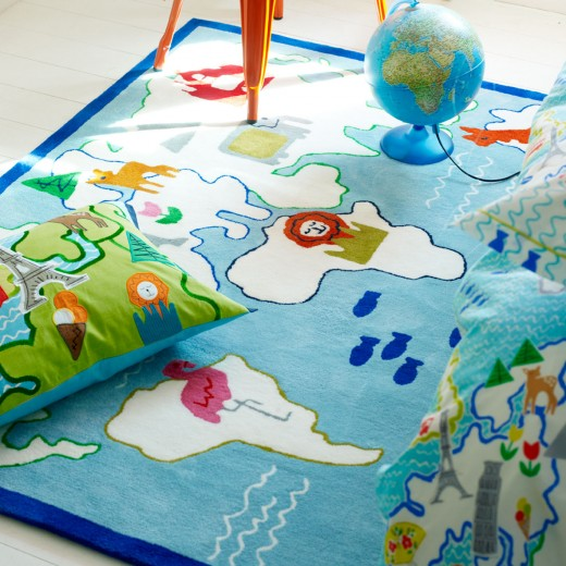 around-the-world-kids-rug-main-zoom-2