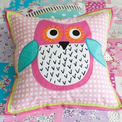 little-owl-blossom-pink-cushion-main
