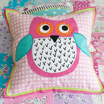 little-owl-blossom-pink-cushion-main